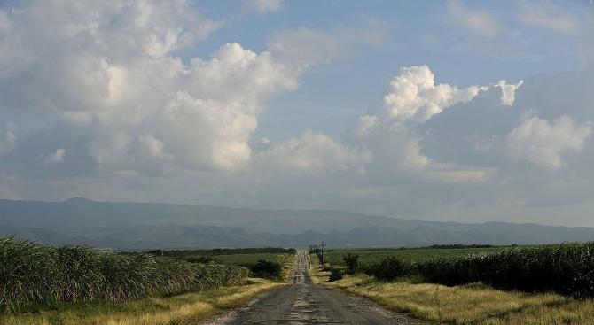 Сръбска фирма, изградила калпав път, стана обект на разследване от