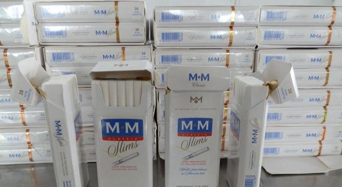 37800 къса контрабандни цигари откриха в автобус с българска регистрация