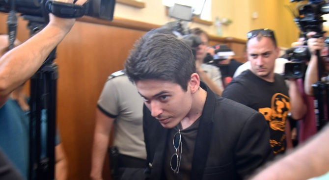 Специализираният съд гледа мярката на Вълчо Арабаджиев. Той е обвинен