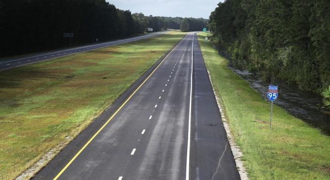 """МРРБ: Над 460 км републикански пътища от II и III клас ще бъдат обновени със средства от Оперативна програма """"Региони в растеж"""""""