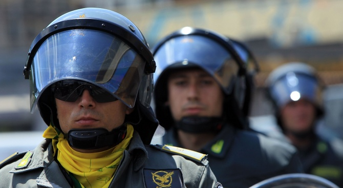 Италианските власти конфискуваха осем луксозни незаконно построени вили на мафиотски