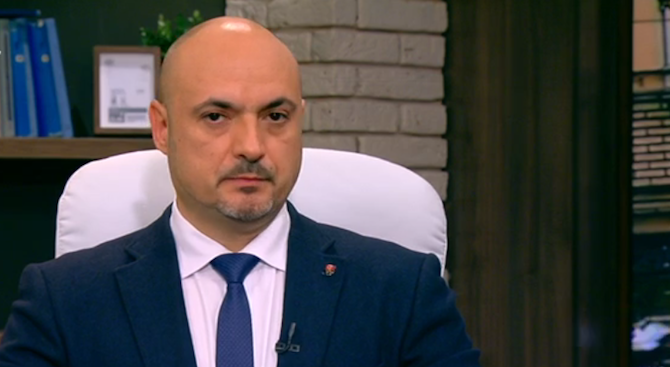 Право на НФСБ е да предложи наследника на Валери Симеонов.