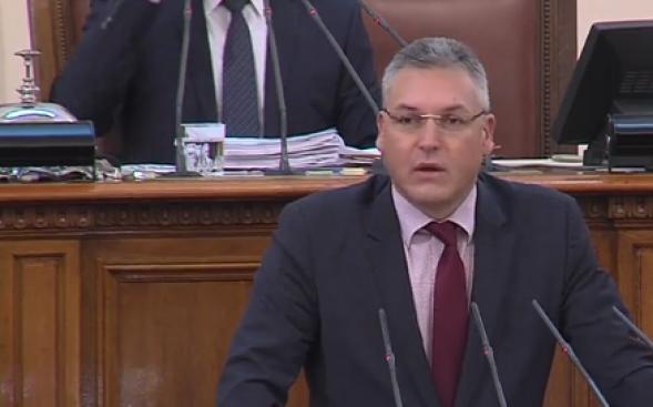 Депутатът от БСП Валери Жаблянов поиска министър – председателят Бойко