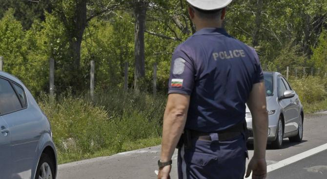 Затруднено е движението по околовръстния път на Пловдив в района