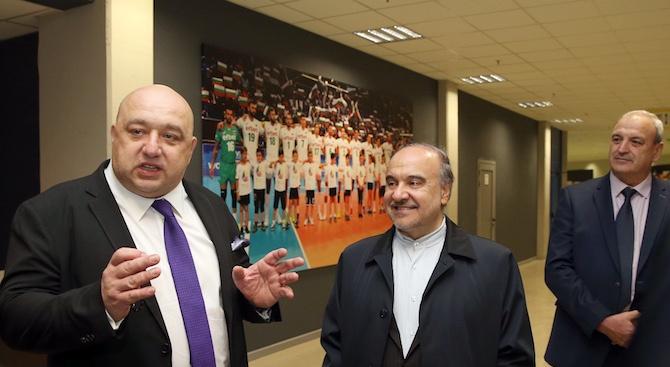 Министърът на младежта и спорта Красен Кралев представи на министъра