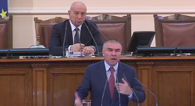 Марешки поиска политиците да минават на тестове за интелигентност (видео)