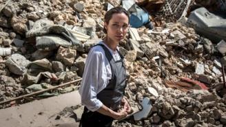Анджелина Джоли започва работа в BBC