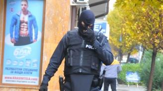 Спецакция срещу наркоразпостранението  в Бургас, над 15 души са арестувани (обновена)
