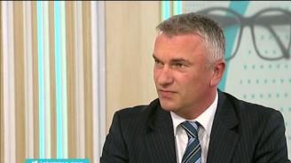 Джейхан Ибрямов: Когато управлението олеква, тежестта на опозицията нараства