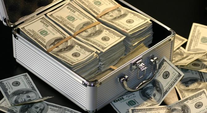 Милионерите и милиардерите са с нарцистични уклони и се мислят