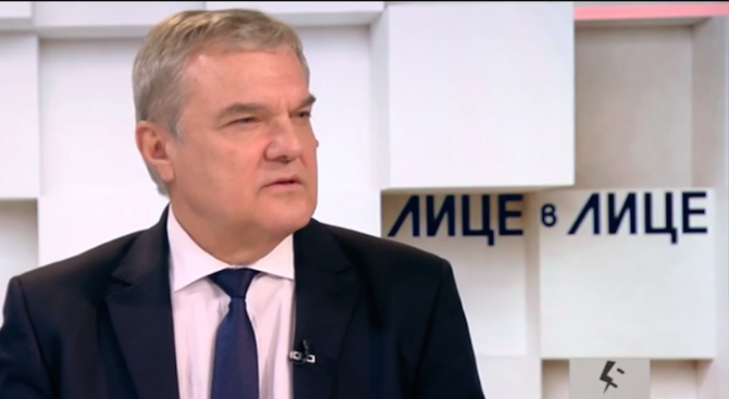 Румен Петков: Правителството ни прибързано обвини Русия за конфликта с Украйна