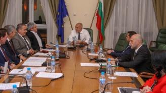 Бойко Борисов обсъди актуални въпроси от сектор енергетика с представители на работодателските и синдикални организации (снимки)