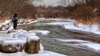 Река Велека заля пътя за Синеморец