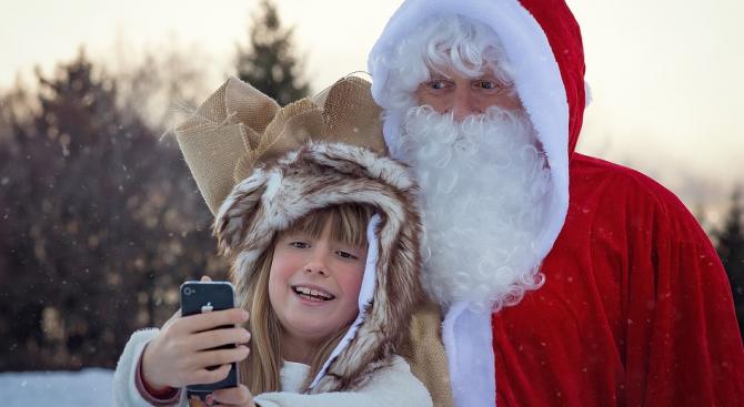 Уволниха преподавателка, която казала на учениците, че Дядо Коледа е измислица