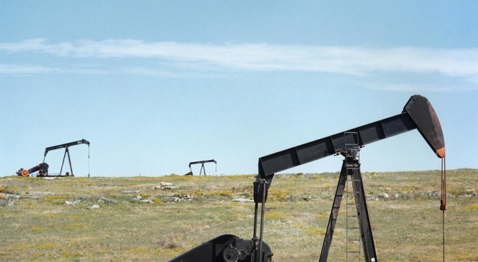 Срив на цената на петрола