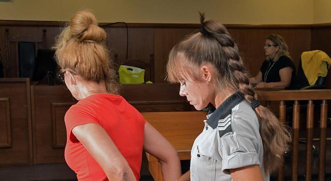 За втори път спецапелативният съд отказва да пусне от ареста Десислава Иванчева