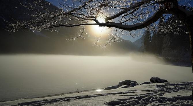 """Езерото """"Сребърна"""" замръзна"""
