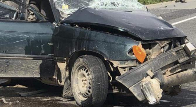 Тийнейджър загина при тежка катастрофа на пътя Добрич – Варна