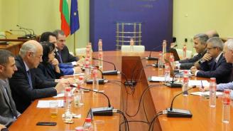 Екипът на Министерството на енергетиката обсъди с бизнеса цените на тока на свободния пазар