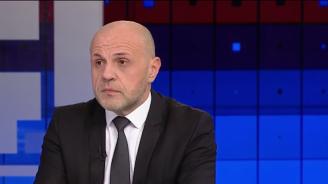 Томислав Дончев обясни защо и средното образование трябва да стане задължително