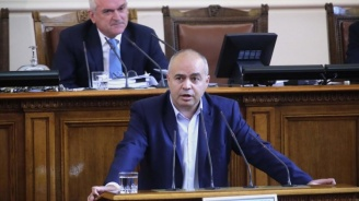 Георги Свиленски: Управляващите няма да получат регистрация от БСП, мнозинството си отива
