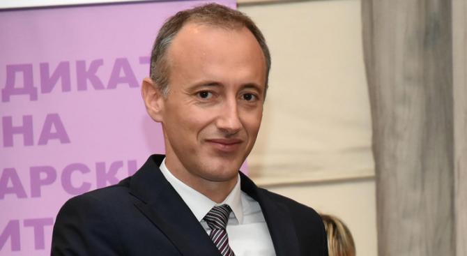 Красимир Вълчев открива първия национален форум за иновации в образованието