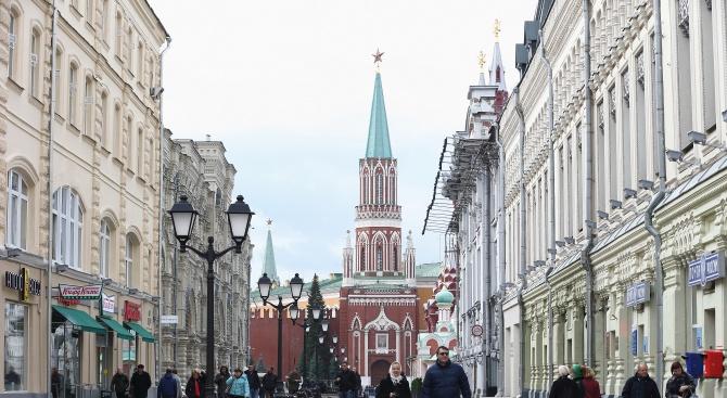Расте броят на руснаците, искащи по-добри отношения със Запада