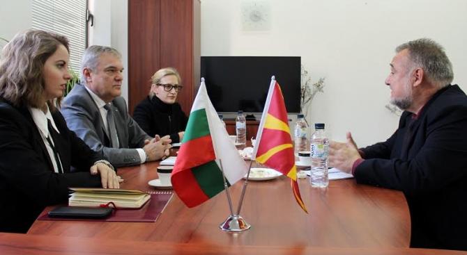 Ръководството на АБВ се срещна с македонския посланик у нас