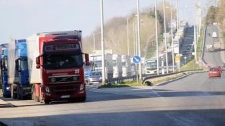 Автомобилите над 3,5 т ще могат предварително да  плащат тол такса за заявен маршрут