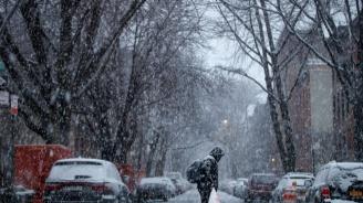 Снежните бури в САЩ взеха три жертви