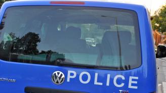 Меле в костинбродското село: Четирима младежи пребиха мъж