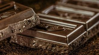 Един тон шоколад изтече върху улица в Германия