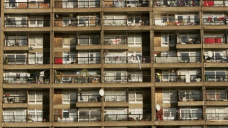 Евростат: Две трети от младите българи между 15-29 г. живеят в пренаселени жилища