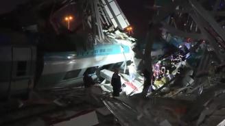 Високоскоростен влак се разби в Анкара, загинали са седем души (обновена+видео)
