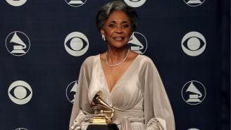 На 81-годишна възраст почина джаз певицата Нанси Уилсън