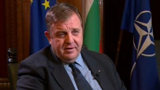 Каракачанов: Не съм съгласен България да прави компромиси със своята история