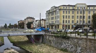 """Едното платно при тунела на """"Лъвов мост"""" ще бъде временно затворено"""