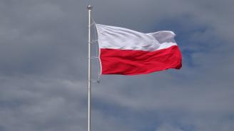 Управляващите консерватори в Полша възприеха силен проевропейски тон