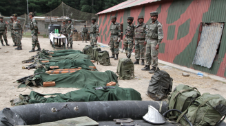 11 души загинаха при престрелка в Кашмир