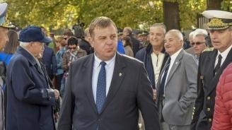 Каракачанов: Македония не изпълнява договора за добросъседство
