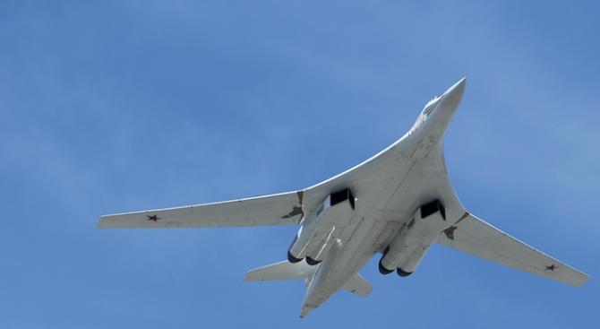 Русия изпрати стратегическибомбардировачи въвВенецуела