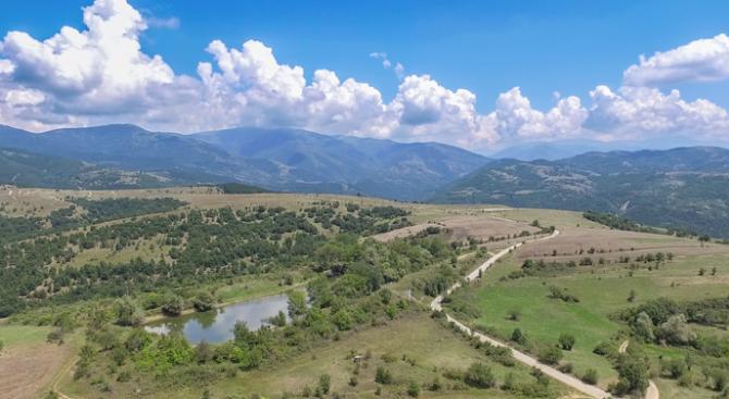 Над 100 села днес имат визитни картички в Selovoditel. Те