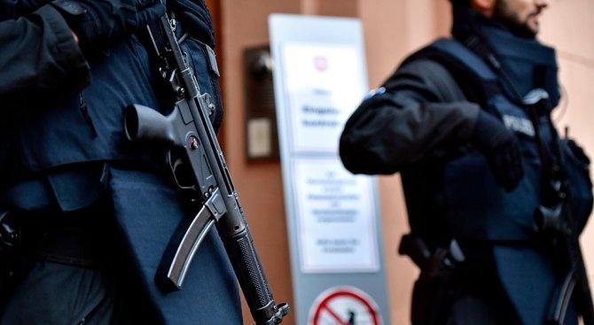 Косовската полиция съобщи, че е открила 15 килограма експлозив на