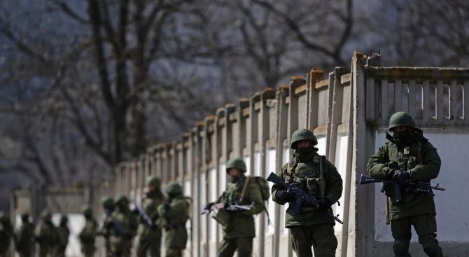 Войници влязоха в сграда на косовския парламент, предаде сръбското радио