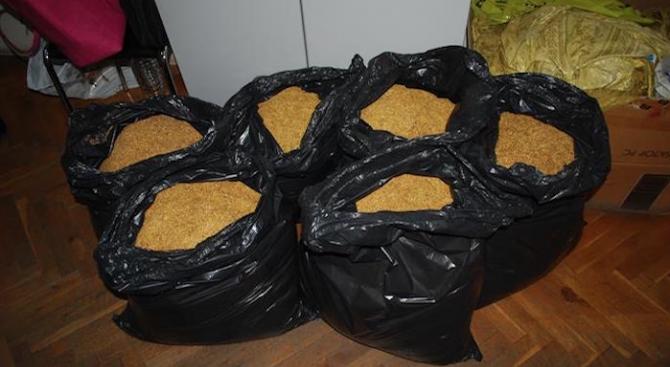 Близо 35 кг контрабанден тютюн са открити при спецакция на