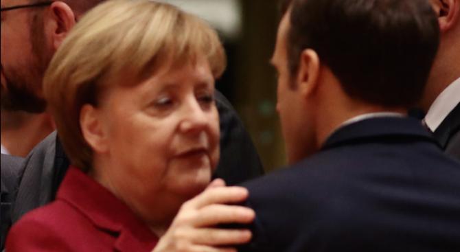 Германският канцлер АнгелаМеркелизказа днес подкрепа за Еманюел Макрон след мерките,