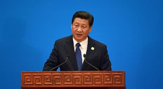 """Китайският президент Си Цзинпин обяви """"съкрушителна победа"""" в своята борба"""