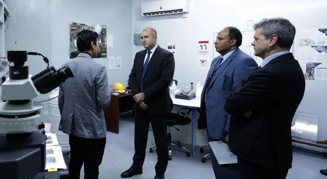 Центърът за научни експерименти SESAME в Йордания е изключително съоръжение,