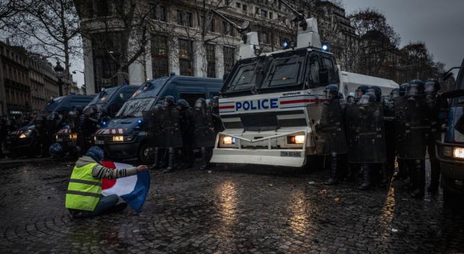 Френският министър на вътрешните работи Кристоф Кастанер заяви в Туитър