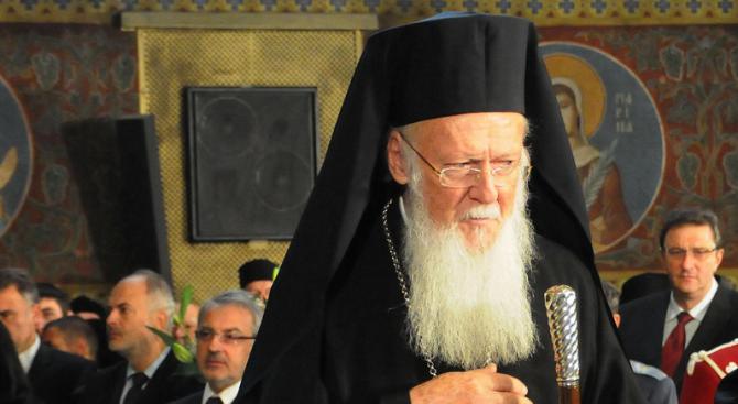 Вселенският патриарх Вартоломей възнамерява да връчи томоса (указа) за автокефалия